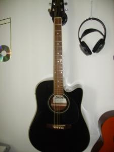 guitare acoustique storm